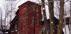 Фонд имущества Петербурга еще раз продал здание служебного корпуса Усадьбы Орловых-Денисовых в Коломягах