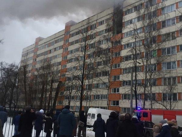 Следственный комитет РФ возбудил дело по факту взрыва в жилом доме на проспекте Народного Ополчения, 219