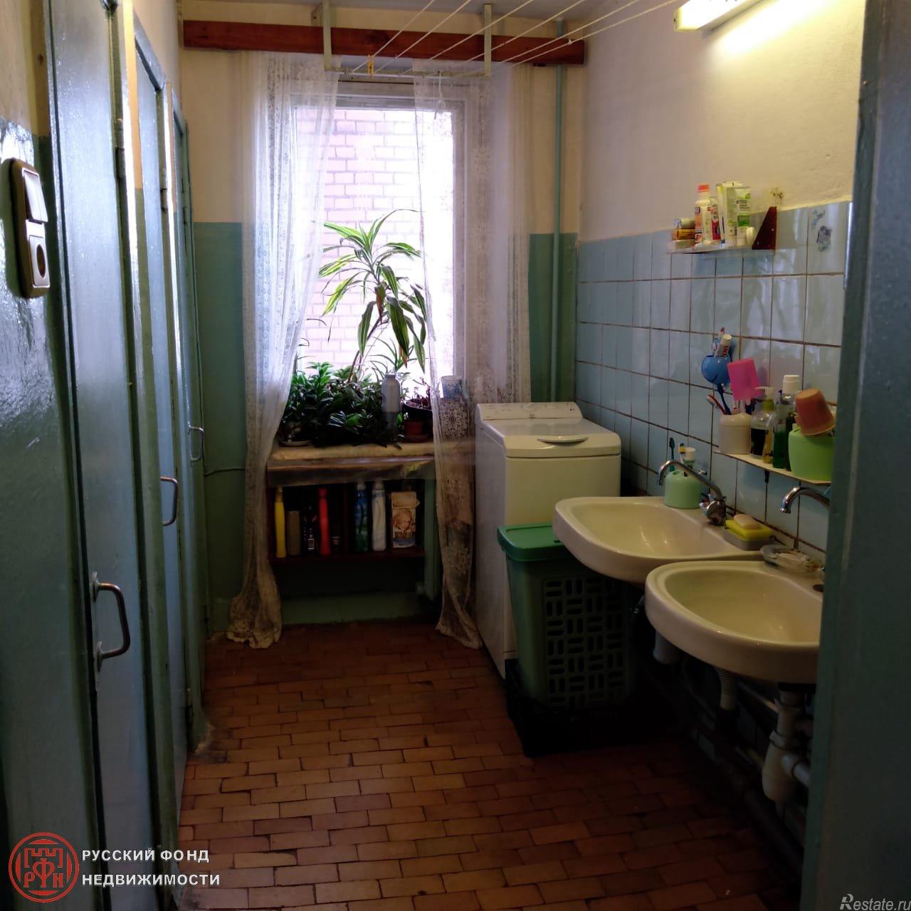 Продать Комнаты в квартирах Санкт-Петербург,  Калининский,  Гражданский пр., Культуры пр.