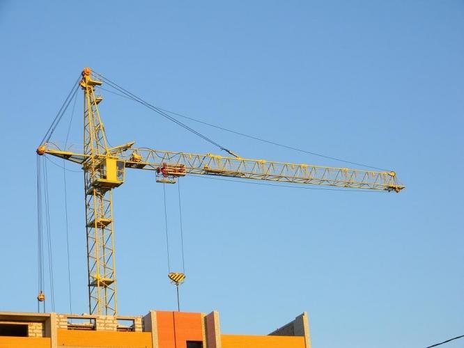 Группа ЛСР третий месяц удерживает лидерство в рейтинге российских застройщиков по объему текущего строительства