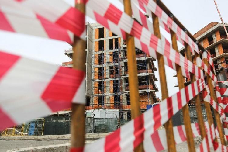 Доля убыточных организаций в сфере строительства по итогам трех кварталов 2017 года составила 27,2%