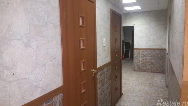 Продажа 3-комн. квартиры на вторичном рынке Варшавская ул,  д. 19к2