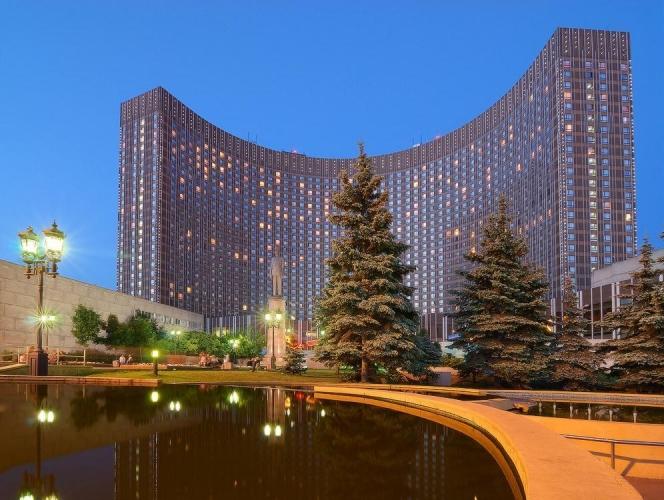 АФК «Система» готовит реновацию гостиницы «Космос» в Москве – одновременно с выходом на IPO