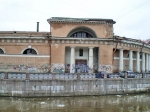 Инвестор Конюшенного ведомства может получить от Петербурга земли под ледовый дворец и гостиницу