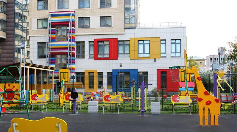 До 2024 года в Петербурге построят 314 соцобъектов, большая их часть - садики