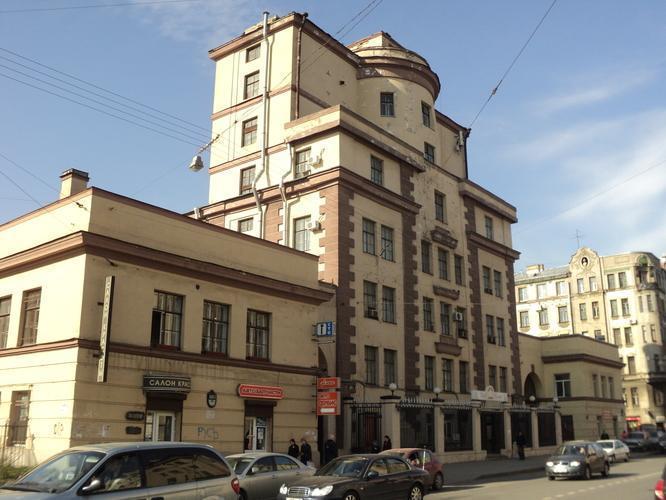«Теллус Групп» приобрела участки в Петербурге под технопарки и IT-кластер, в их числе завод «Измеритель» с бывшей церковью