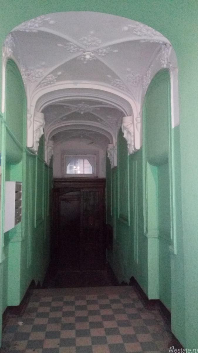 Продать Комнаты в квартирах Санкт-Петербург,  Адмиралтейский,  Технологический инс., Можайская ул