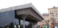 Ремонт вестибюля станции «Выборгская» завершится до конца лета