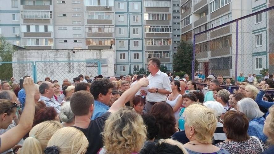 Правительство РФ поддержало законопроект, дающий собственникам жилья полномочия по благоустройству прилегающего участка