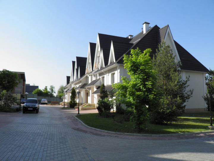 Фото коттеджного поселка Подушкино-town от Penny Lane Realty. Коттеджный поселок Podushkino-таун