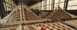 Премьер Медведев поручил развивать деревянное домостроение