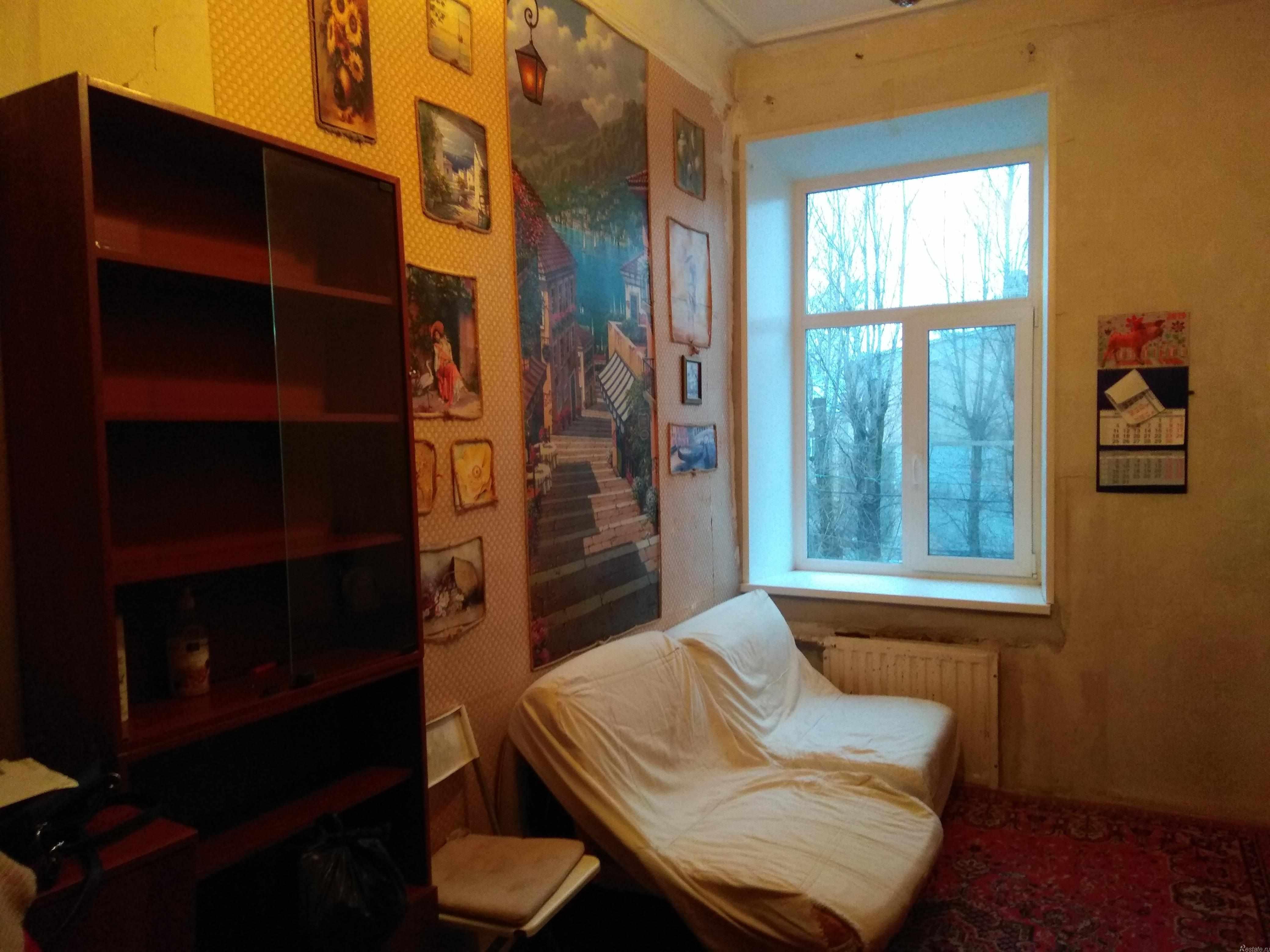 Сдать в аренду Комнаты в квартирах Санкт-Петербург,  Василеостровский,  Василеостровская, Средний пр-кт