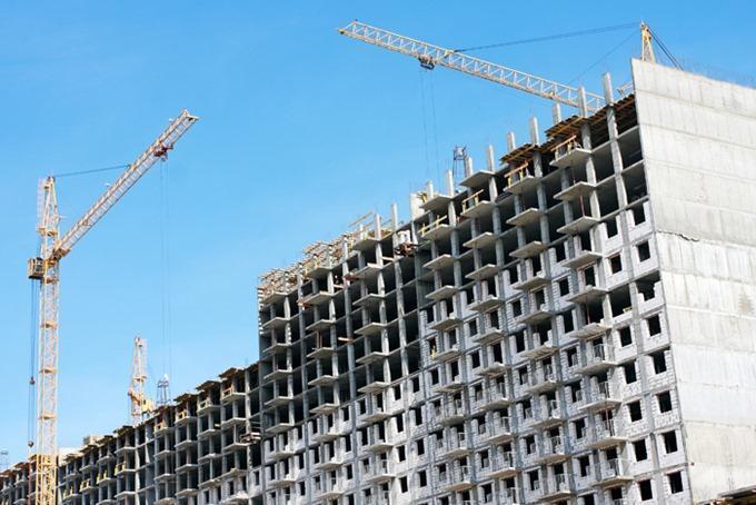 Прогнозы Минстроя РФ относительно сокращения объемов ввода жилья в России пока не оправдываются