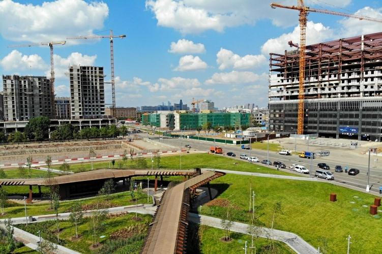 Многофункциональный комплекс открылся в промзоне ЗИЛ на проспекте Лихачева