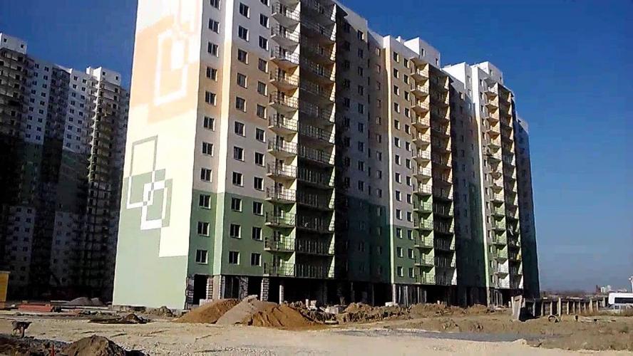 «Дальпитерстрой» выиграл сразу пять конкурсов на поставку жилья Смольному – очередникам купят 513 квартир в Шушарах