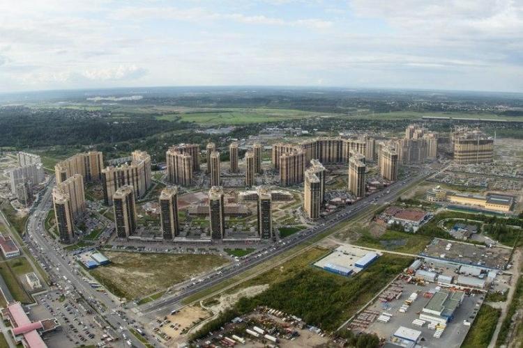 Благодаря сдаче проблемных ЖК в июле лидером по объемам ввода жилья Петербурга стал Пушкинский район