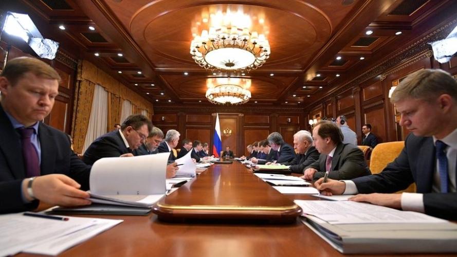 Медведев поручил Минстрою разработать метод стимулирования спроса на строящееся жилье