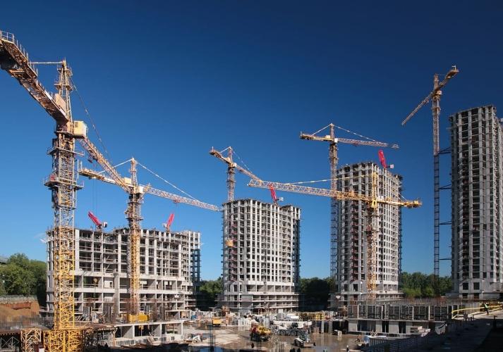 Линченко: 8 жилых комплексов в Петербурге оказались в зоне риска, не перейдя на эскроу