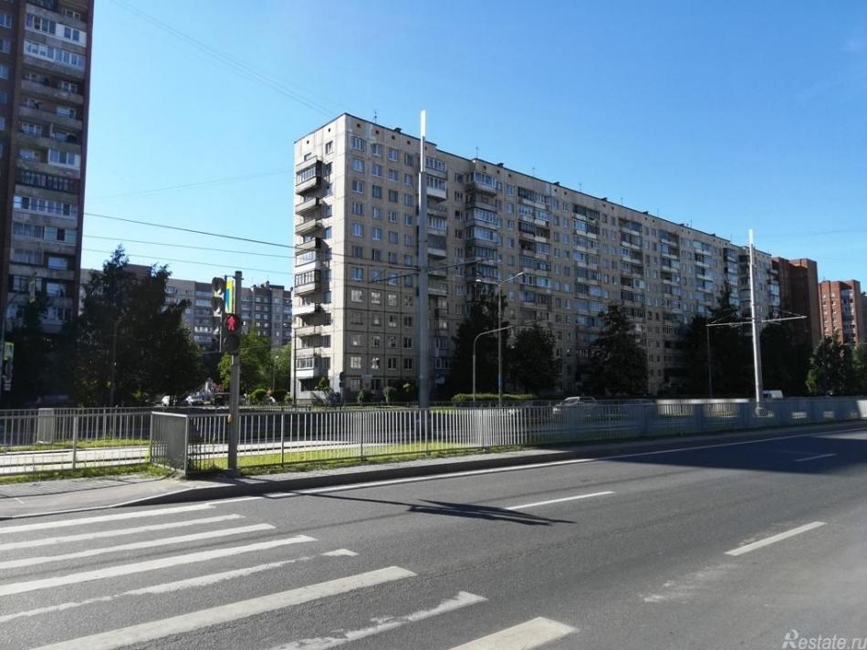 Продажа 2-комн квартиры на вторичном рынке Наставников пр-кт ,  д. 10